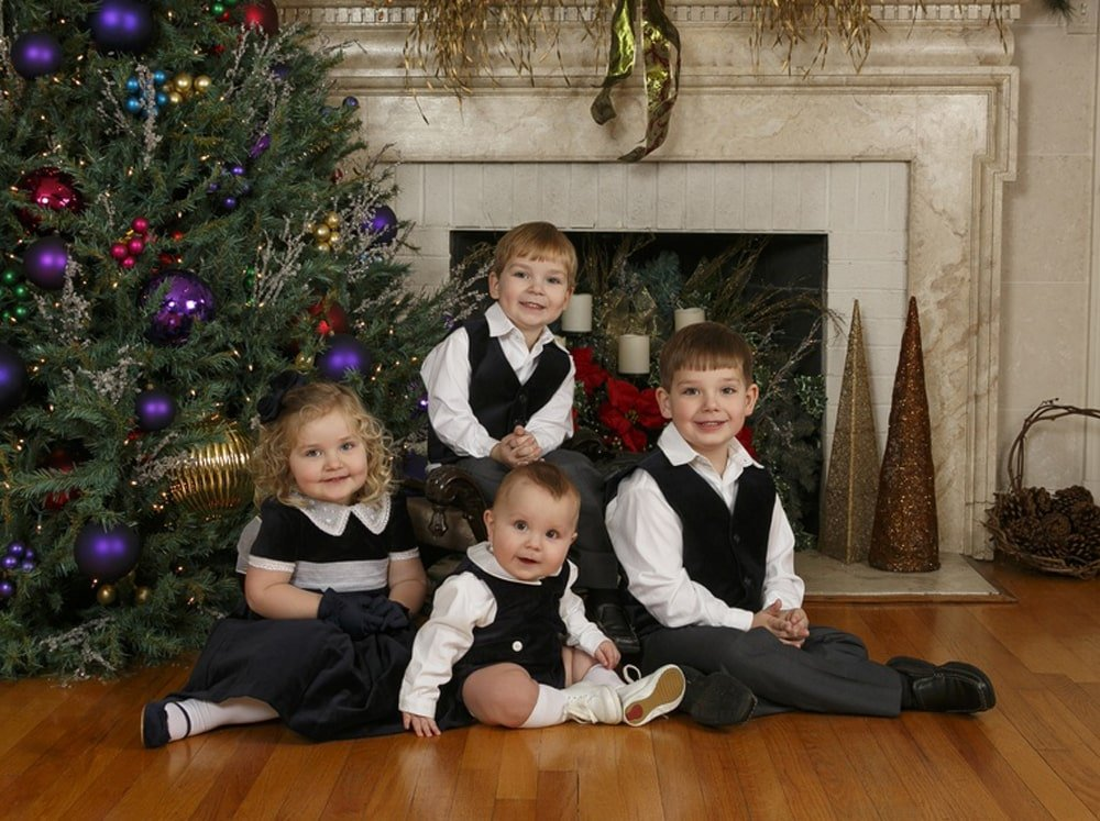 Holiday Pictures, Hayes & Fisk